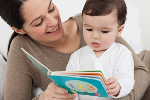 mother-baby-reading